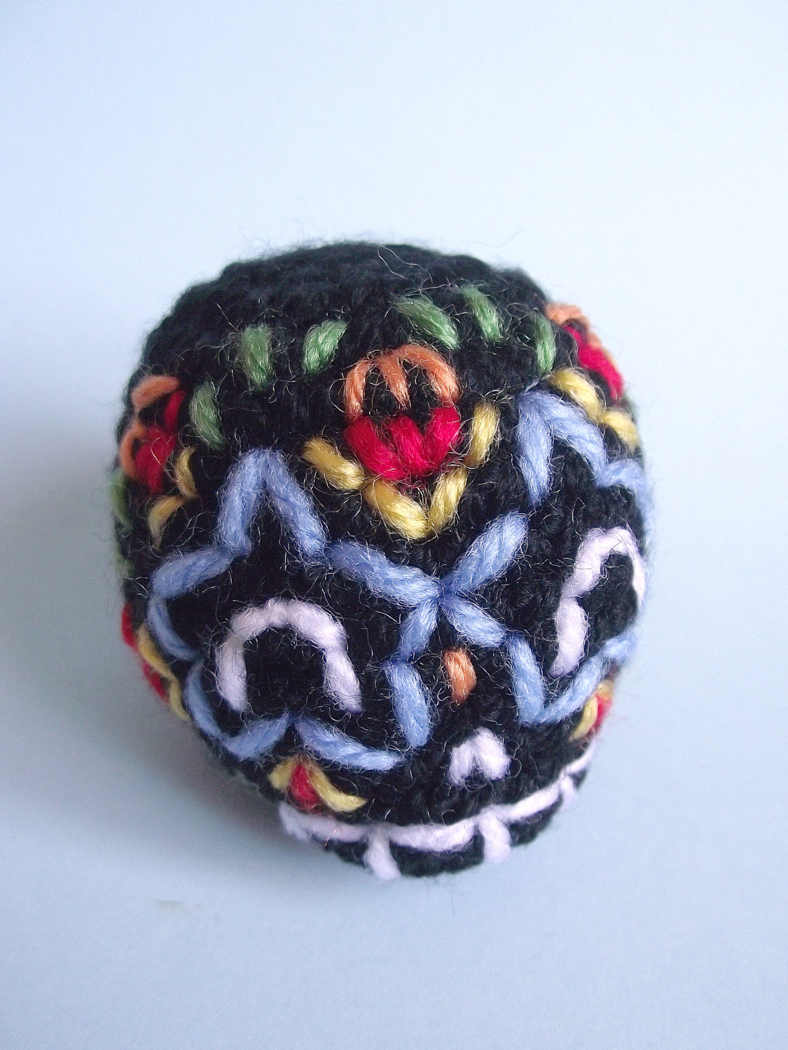 maurice the embroidered amigurumi skull 03