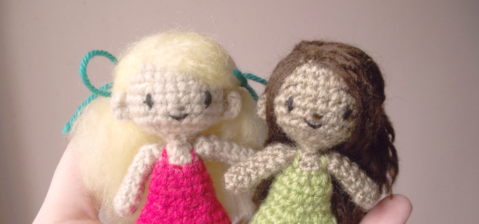 sidonie the small crochet doll 01
