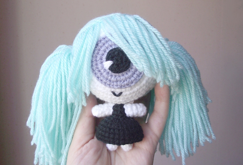 Cecilia the cyclops crochet doll 01
