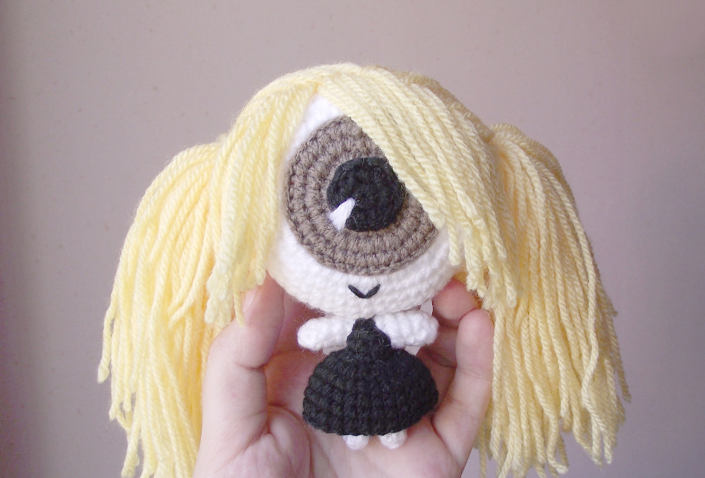 Cecilia the cyclops crochet doll 02